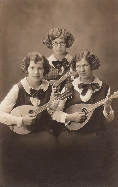 Mandolin Postcard 58