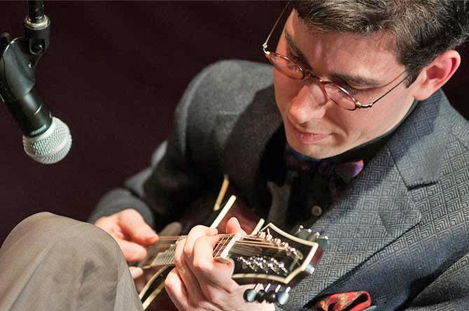 Mandolin playing mandolin chords : Mandolin Cafe - Aaron Weinstein On His Mandolin Chord Melody ...