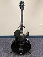 Click image for larger version.  Name:Loar Guitar Web.jpg Views:88 Size:50.4 KB ID:183928