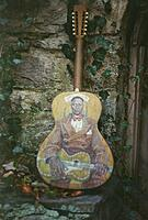 Click image for larger version.  Name:Eric Leadbelly Guitar.jpg Views:18 Size:561.7 KB ID:194457