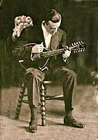 Click image for larger version.  Name:Loar w-10-string oval hole-sm.jpg Views:431 Size:14.3 KB ID:102580
