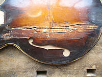 Click image for larger version.  Name:Lloyd Loar Mandolin # 1 - Pre.Gilchrist repair 2.jpg Views:39 Size:205.1 KB ID:164239