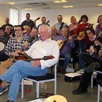Name:  Mandolin workshop Aberdeen 2014.jpg Views: 33 Size:  12.4 KB