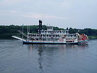 Click image for larger version.  Name:Joe boat trip 51 8-06.JPG Views:21 Size:617.0 KB ID:187458