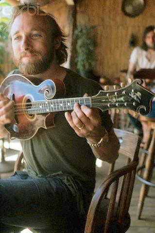 Name:  stills_mandolin.jpg Views: 422 Size:  26.3 KB