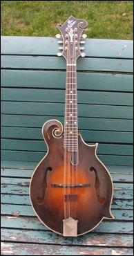 John Reischman's 1924 Gibson F5, signed by Lloyd Loar. Photo credit, Dan Beimborn and the Mandolin Archive. Click to enlarge.