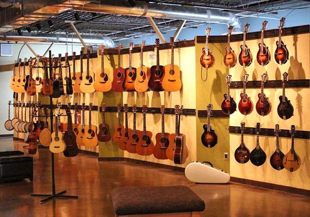 Carter Vintage Guitars main showroom