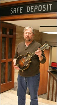 Dave Wendler with newly discovered Lloyd Loar mandolin # 76782