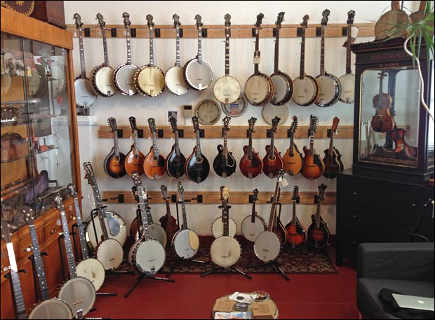 Retrofret Vintage Guitars Mandolins and Banjos